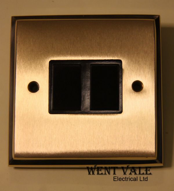 Heritage Brass M992BN - Mayfair Duel Finish 6a 2 Gang 2 Way Switch Unused in Box